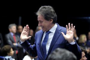 JA Eunicio Oliveira eleito Presidente Senado Foto Jane Araujo01022017002