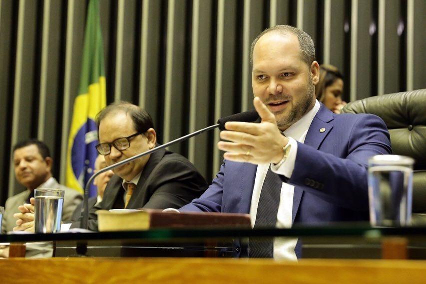 Resultado de imagem para deputado federal Heitor Freire (PSL)
