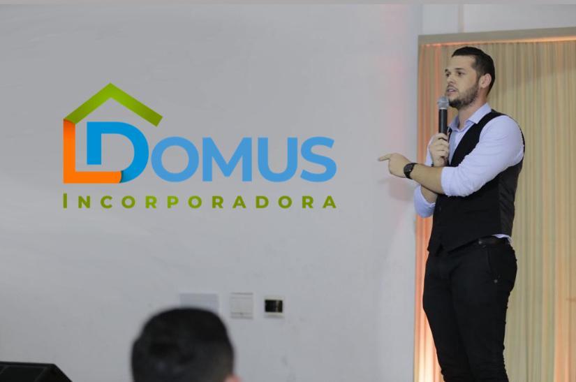 1.DOMUS